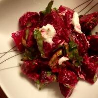 Salade de betteraves et fromage de chèvre