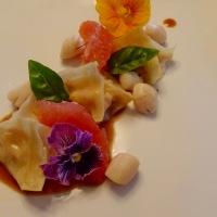 Raviolis aux deux saumons, sauce à l'orange